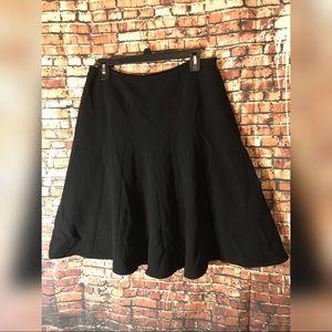 Jones New York short black skirt Sz 10P nwot